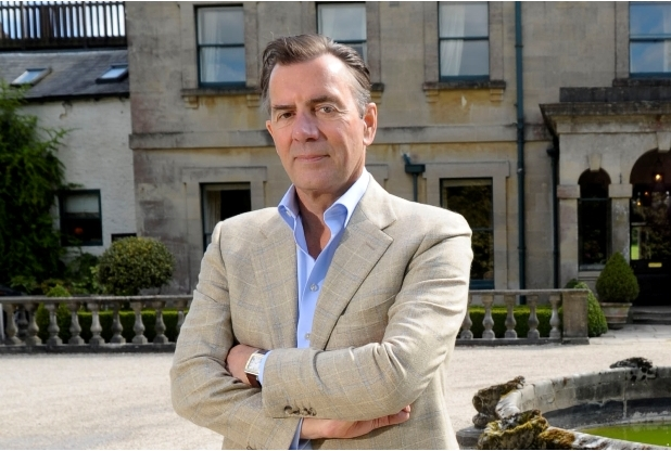 Outta 'Hair' - Duncan Bannatyne and hairloss